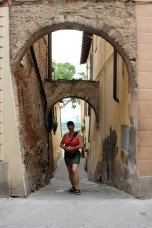 Moi, streets of Montepulciano